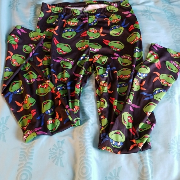 3e68a8433cb18f Teenage Mutant Ninja Turtle leggings black. M 5b204769a5d7c6443ebf07e8